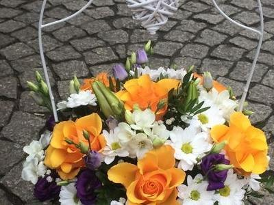 kosze kwiatowe 8